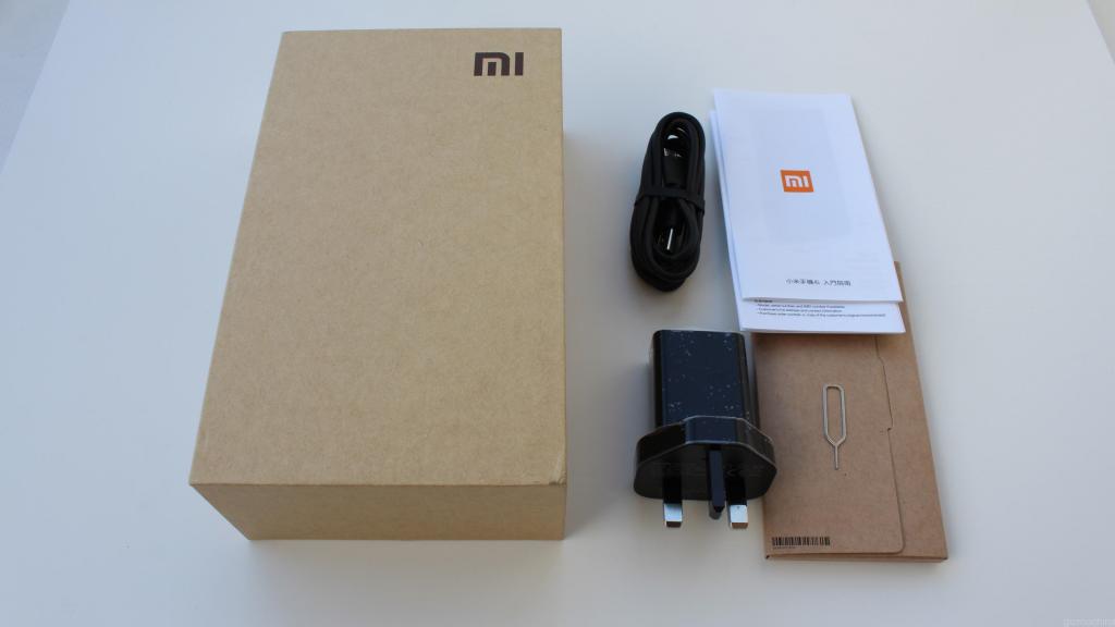 "<img src=""http://blog.movilchinodualsim.com/foto.jpg"" alt=""La review mas completa del movil chino Xiaomi Mi4i""/>"